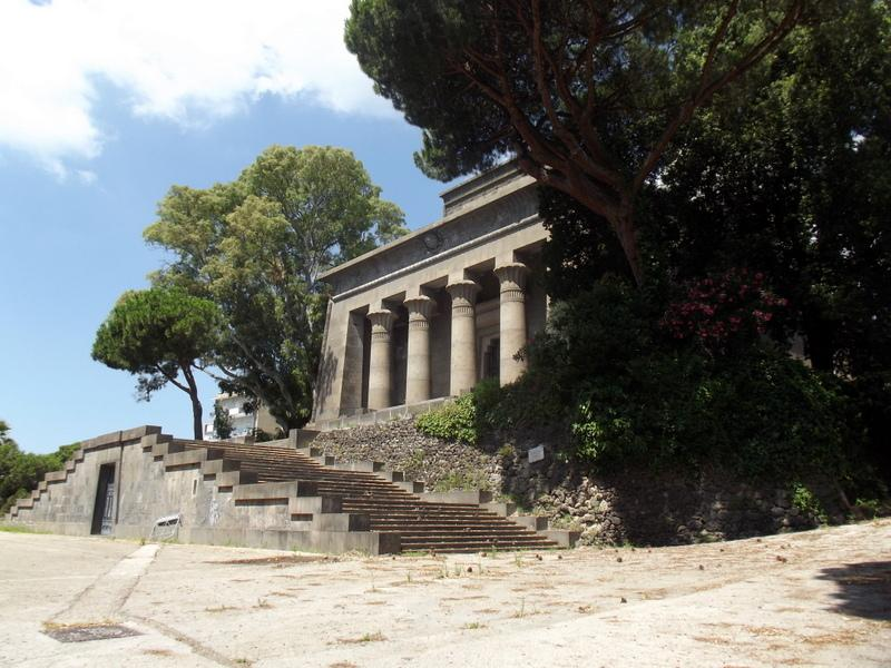 mausoleo-caduti-posillipo